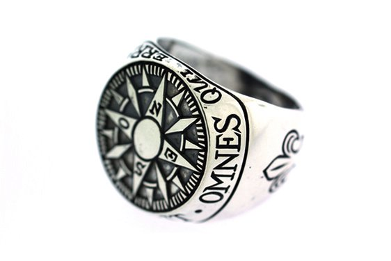 RCMPAS - Digby & Iona Compass Signet Ring
